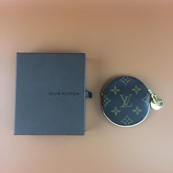 Louis Vuitton Monogram Round Coin Case